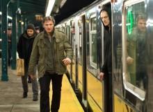 Nhân vật của Liam Neeson trong phim cũng là một ông bố chiến đấu hết mình để bảo vệ con